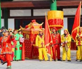 缤纷鲜花网_缤纷春节初一寒假作文